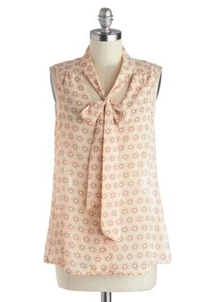 Country Cooking Top. Nobody can bake a tomato pie quite like you, nor cook up such a chic look to do it in! #tan #modcloth