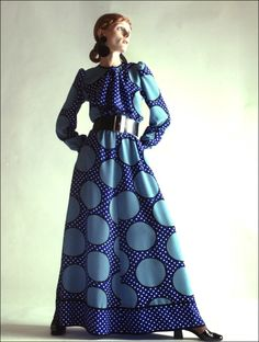 Women's Maxi Dress, belted with long sleeves.1970s Fashion