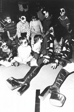 Gene Simmons of Kiss, talking with kids