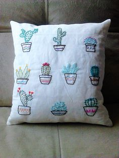 Cactus Embroidery, Hand Embroidery Patterns, Embroidery Art, Cross Stitch Embroidery, Embroidery Designs, Sewing Crafts, Sewing Projects, Embroidery On Clothes, Diy Pillows