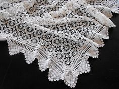 """vintage french crochet cover 40 x 50"""""""