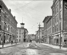 Broadway, Kingston, NY 1906