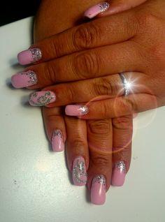 #pink nails