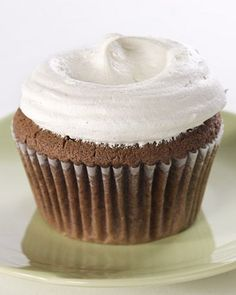 Easy Chocolate Cupcakes with Vanilla French Buttercream.