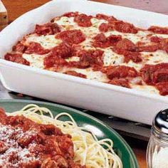 For a supper to please a crowd, layer lasagna noodles with meat sauce and a tasty cottage cheese mixture to make this speedy version of a traditional favorite. | Easy Lasagna Recipe from Taste of Home