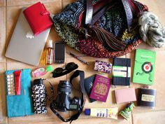 My Travelling Bag Contents What In My Bag, What's In Your Bag, Emergency Kit For Girls, Inside My Bag, What's In My Purse, Purse Essentials, Planning And Organizing, What To Pack, Cute Bags
