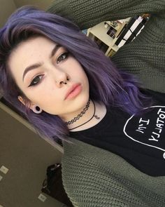Dyed Purple Hair And Hazel Eyes: Character Inspiration - cool Hair *-* - Hair Styles Dye My Hair, New Hair, Cool Hair Color, Edgy Hair Colors, Purple Hair Colors, Purple Hair Tips, Hair Color Ideas, Two Color Hair, Girl With Purple Hair