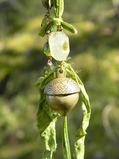 spring acorn necklace