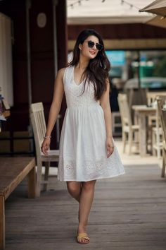 Niti Shah Is Slaying It In This Photoshoot! Beautiful Casual Dresses, Stylish Dresses For Girls, Stylish Girl Images, Sexy Dresses, Girls Dresses, Summer Dresses, Kathak Costume, Frock Photos, One Piece Frock