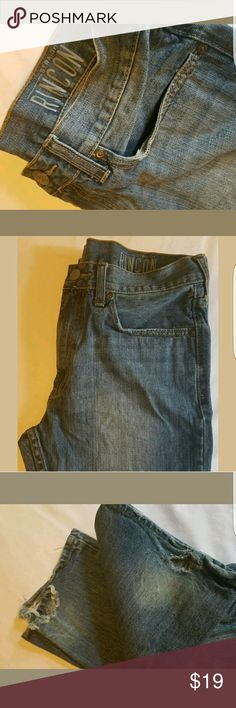 Bullhead Rincon Straight Fit Men's Jeans Broken in but great condition pair of men's straight cut jeans.  Size 32x30 Bullhead Jeans Straight