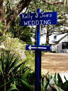DIY wedding direction sign