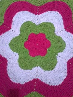 Diy And Crafts, Arts And Crafts, Doilies, Mandala, Plaid, Blanket, Projects, Colorful Rugs, Crochet Basket Pattern