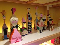 Alexander-Girard-Herman-Miller-Maharam-16 Dolls available @vitra