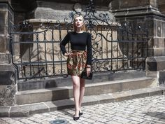 Flannel, Leather Skirt, Mini Skirts, Blouses, Stylish, Photography, Instagram, Fashion, Atelier