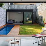piscina estreita