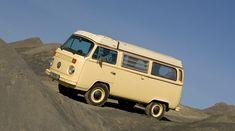 Prototype of a Volkswagen Kombi van in an off-road trial; never made it to production Volkswagen Transporter T2, Vw T5, Volkswagen Bus, Vw Camper, T2 Bus, Adventure Car, Combi Vw, Off Road, Kit Cars