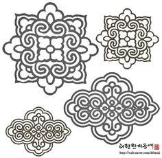 Korean Art, Asian Art, Pattern Art, Pattern Design, Korean Crafts, Korean Tattoos, Chinese Patterns, Korean Design, Tibetan Art