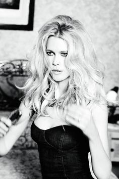 guess models from the 90's | Claudia Schiffer Guess Anniversary 17
