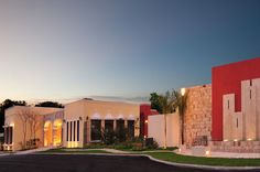 Alvaro Ponce Arquitectos - Proyectos - Desarrollos - Las Fincas de Temozón Casa Club Casas Club, Mansions, House Styles, Home Decor, Style At Home, Haciendas, Architects, Blue Prints, Decoration Home