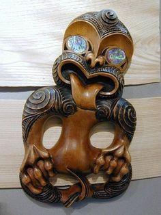 Wood Carving Art, Bone Carving, Wood Art, Wood Carvings, Arte Tribal, Tribal Art, Tiki Art, Tiki Tiki, Nz History