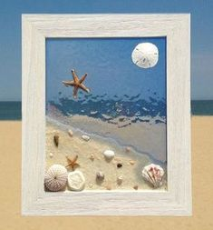 Unique beach window art by Luminosities! Lovely ocean scene with sand, shells an… Unique beach window art by Luminosities! Lovely ocean scene with sand, shells and a blue stained water background. Set in a wood frame. Sea Glass Crafts, Sea Crafts, Sea Glass Art, Stained Glass, Seashell Art, Seashell Crafts, Ocean Scenes, Creation Deco, Sea Art