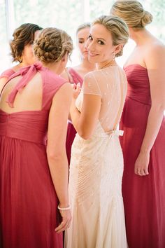 10 Things All Brides Should Tell Their Bridesmaids Before the Wedding
