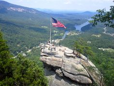Chimney Rock & the Blue Ridge Mountains in NC #chimneyrock #hike #mountains