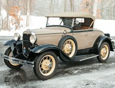1931 Ford Deluxe Roadster Award Winner. | Lot 7 | Auction 3003M | Estimate $35,000-45,000