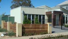 palissade horizontale clôture de jardin en bois design moderne