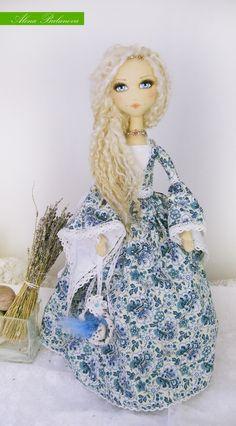 by Alena Bulanova Pretty Dolls, Cute Dolls, Beautiful Dolls, Dolly Doll, Doll Maker, Sewing Toys, Soft Dolls, Fantastic Art, Interesting Faces