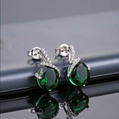 4.00Ct Oval Green Emerald Solitaire Stud Earring's Solid 14K White Gold Finish | eBay Diamond Art, Emerald Diamond, Diamond Shapes, Halo, Fine Jewelry, White Gold, Stud Earrings, Gemstones, Green