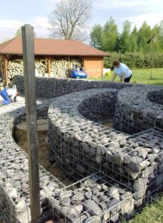 curved gabion wall construction http://www.gabion1.co.uk