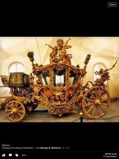 Carrosa Rococo ,que la mando hacer en el siglo XIX Ludvig II de Baviera.