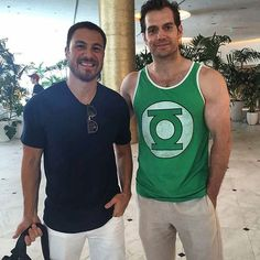 @Regrann from @santiagogarza_ -  #PEGASO VS #SUPERMAN @henrycavill  #henrycavill  #miami @santiagogarza_ #Regrann  #henrycavill #superman #Manofsteel #onvacations #miami #US #onbreak #Justiceleague  #batmanvsuperman #latest #latestpic #onholidays #British #britishboy #luckyfan #anotherluckyfan #newpic #handsome #sexy #certifiedhottie #sexiestmanalive #sexiestsuperheroever #dc #dccomics #greenlantern #dceu #miamibeach