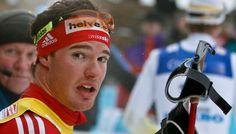 Dario Cologna, din Elvetia, a castigat astazi medalia de aur a probei de schiatlon, 30 de kilometri, masculin. Dario Cologna i-a depasit pe podium pe suedezul Marcus Hellner, iar bronzul i-a revenit,