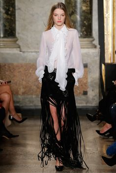 Emilio Pucci Fall 2015 Ready-to-Wear Collection Photos - Vogue Emilio Pucci, Runway Fashion, Fashion Show, Milan Fashion, Looks Street Style, Italian Fashion Designers, Milano Fashion Week, Vogue, Fall Winter 2015