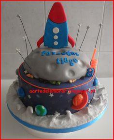 bolos de aniversário tema planetas - Pesquisa Google