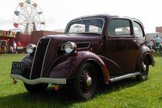 Ford 7Y Saloon