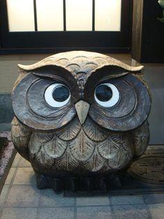 Owl statue.
