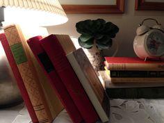 Floating Nightstand, Books, Table, Furniture, Home Decor, Livros, Homemade Home Decor, Book, Livres
