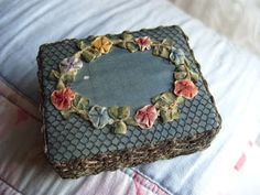 Niki Fretwell: Forget-me-Not Framed Postcards, Beaded Boxes, Altered Boxes, Antique Boxes, Ribbon Work, Silk Ribbon Embroidery, Vintage Textiles, Pin Cushions, Back Home