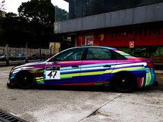 No 6º episódio de Imprimax Garage, os caras do Goodfellas Customs vieram com tudo, onde o Rafael Madazio e sua equipe compartilha um pouco de sua experiência e paixão pelo mundo do envelopamento automotivo. A Audi A4 apresentada nesse vídeo foi envelopada com uma arte impressa, criada pelo próprio dono do veículo, o YouTuber e amigo da equipe, Gui Pavan. Confira agora como ficou este incrível projeto! Audi A4, Bmw, Vehicles, Faces, Car, Vehicle, Tools