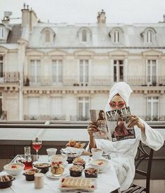 Image uploaded by Марија. Find images and videos about girl, paris and vogue on We Heart It - the app to get lost in what you love. Vogue Paris, Paris Balcony, Foto Pose, Oui Oui, Parisian Style, Girly, The Incredibles, Women, Paris Travel