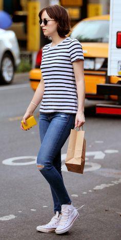 Dakota Johnson spotted in NY - 26 May 2015 Dakota Johnson Street Style, Dakota Style, Melanie Griffith, Anastasia, Dakota Mayi Johnson, Ny Style, Stripes Fashion, Fashion 101, Retro