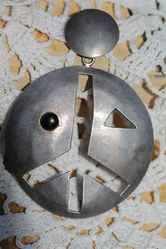 Vintage Hippie 1970's Mexican Taxco 925 Sterling Silver Onyx Peace Sign Pendant