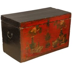 Vintage Chinese Chest | 1stdibs.com