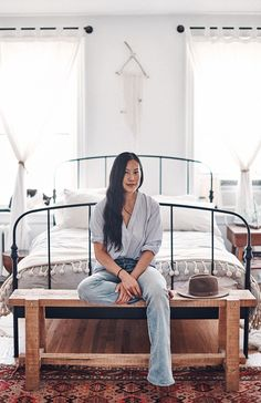 Show + Tell: Joyce Lee, Madewell's Head of Design Some of us take a winding path through life, dabbling before finding a niche. Others, well, they're sort of born to do something and do it so naturally that it's hard to tell where their work ends … Bedroom Black, Black Bedding, Bedroom Bed, Bedroom Inspo, Bedroom Colors, Dream Bedroom, Bedrooms, Bedroom Neutral, Bedroom Curtains