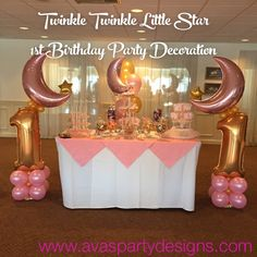 Twinkle Twinkle Little Star Balloon Decor and Candy Display for 1st Birthday celebration #partywithballoons - https://flipagram.com/f/fXOxbtfPy1