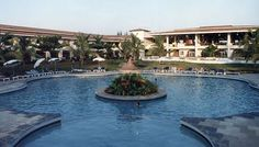 The Holiday Inn Resort Goa is a Five Star resort located on the picturesque Mobor Beach in South Goa.