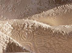 BOISERIE & C.: Trapunte coperte copriletti boutis matelassé